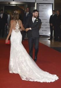 Robe dentelle Antonela Messi